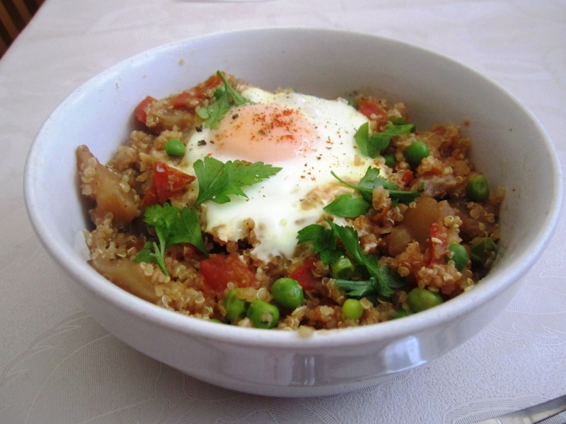 Aubergine and egg Quinoa