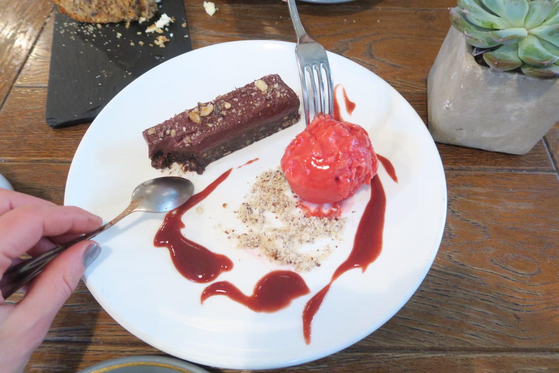 raw chocolate dessert-Sarahslifestylediary