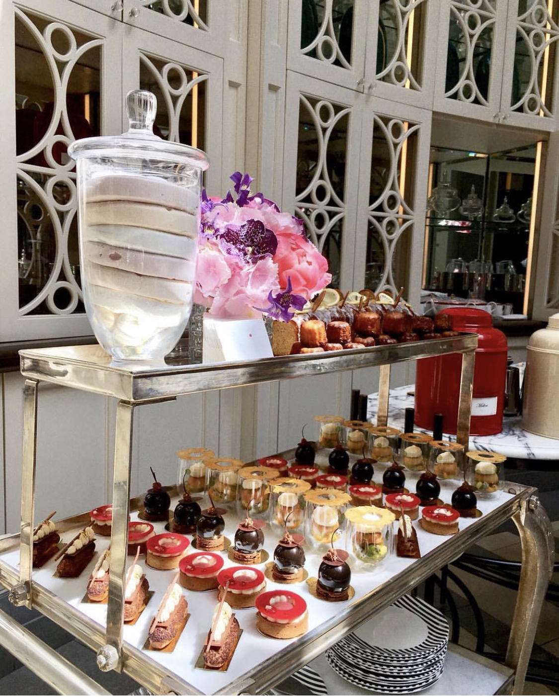 luxury afternoon tea in london